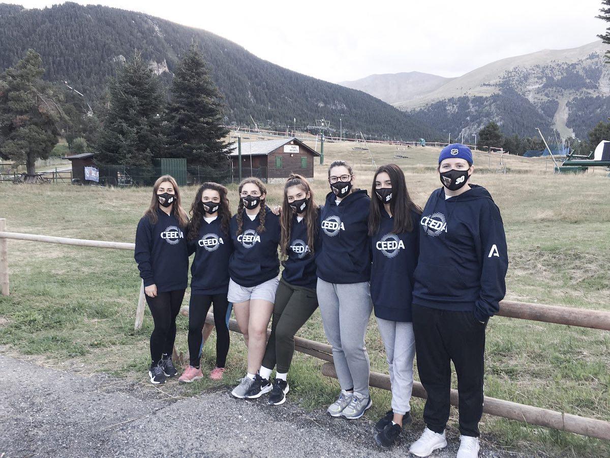 Las deportistas CEEDA-hielo de la FADI, pertenecientes al equipoGranada Grizzlies ¡Se ponen en marcha! 