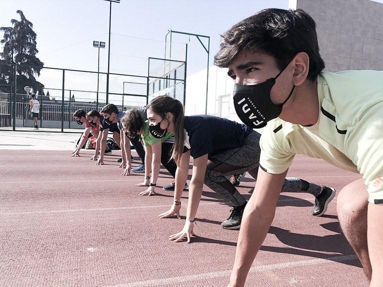 El pasado sábado, los integrantes del CETDI Sierra Nevada SX asistían a una nueva sesión de trabajo en gimnasio