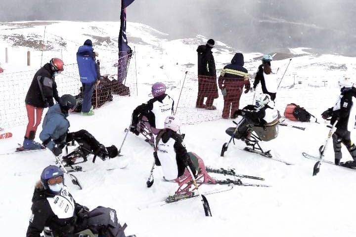 El pasado fin de semana, la inclusión fue la protagonista en esquí alpino  en Sierra Nevada, con tres competiciones Nacionales.